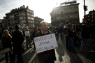Bosnia: Investigate police violence against protesters