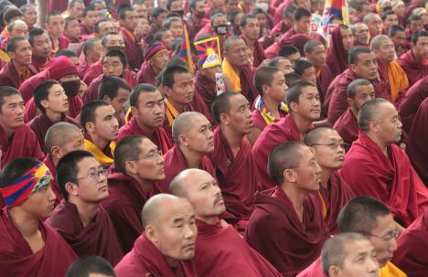 Tibetan monks gather in New Delhi to show solidarity with those who self-immolated, 1 February 2013