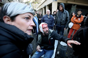 Greece: Far-right protesters attack journalists